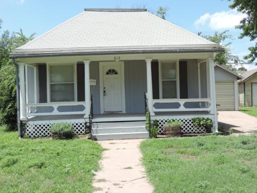 615 S Ninnescah Street Photo 1