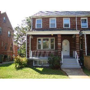 Beautiful 4BR/3BA in Brightwood! Photo 1