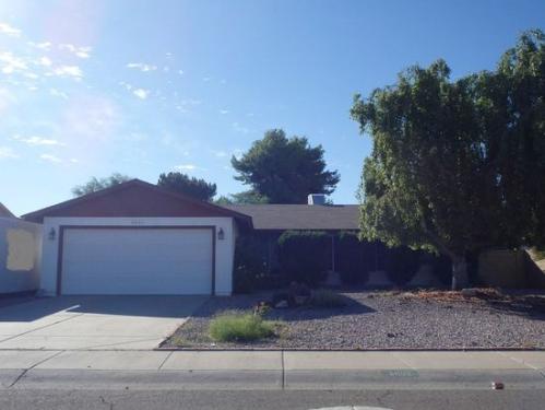 8003 W Desert Cove Avenue Photo 1