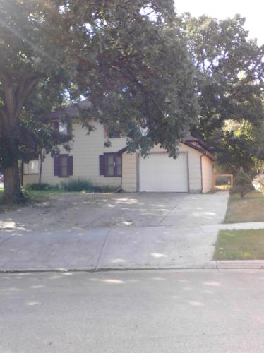 710 4th Avenue SW Photo 1