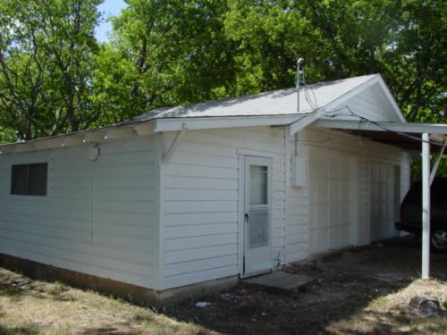 4247 Idaho Garage Photo 1