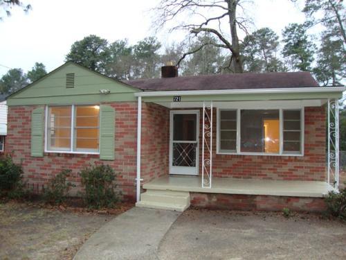 721 Vernon Street Photo 1