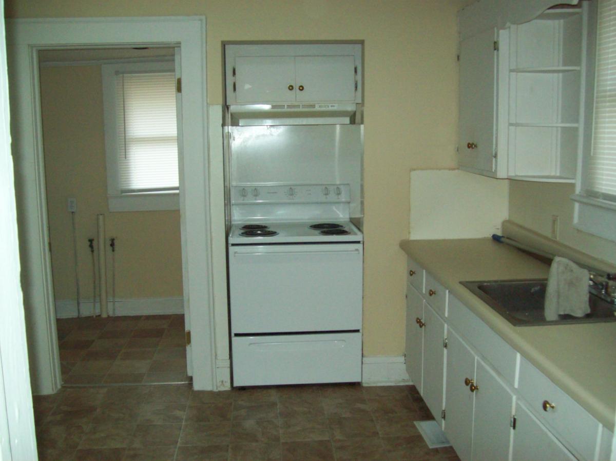 1011 Washington Street, Roanoke Rapids, NC 27870 | HotPads