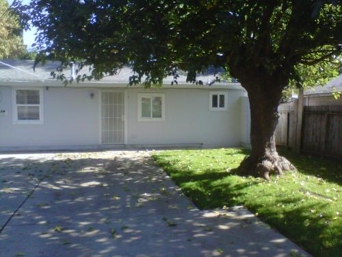 4301 W Nichols Avenue Photo 1