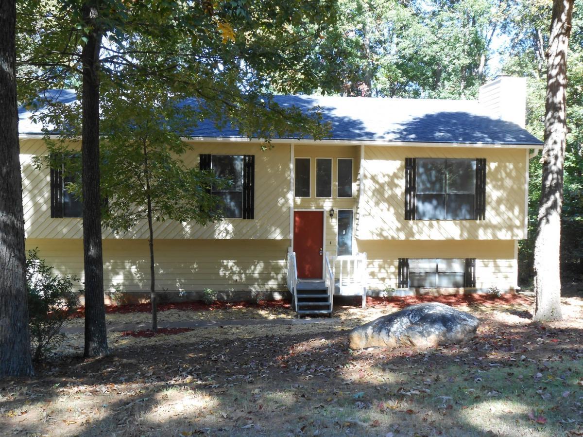 5970 Sutton Place Photo 1