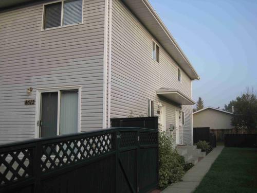 4612-20 Avenue Photo 1