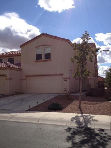 8823 W Aster Dr Photo 1