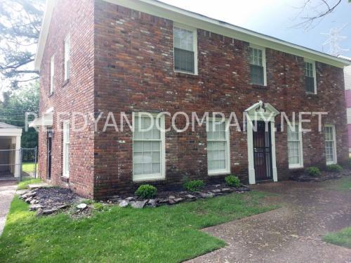2343 Lynnfield Rd Photo 1