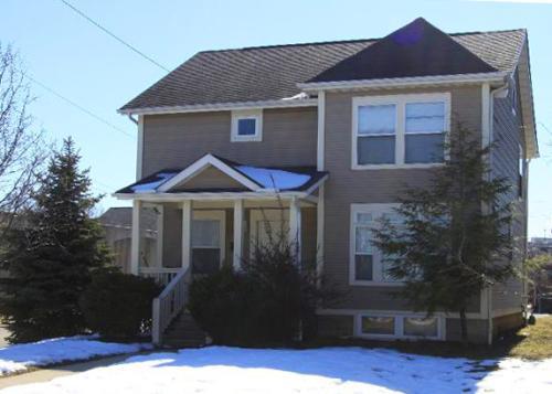 751 E Mound Street Photo 1