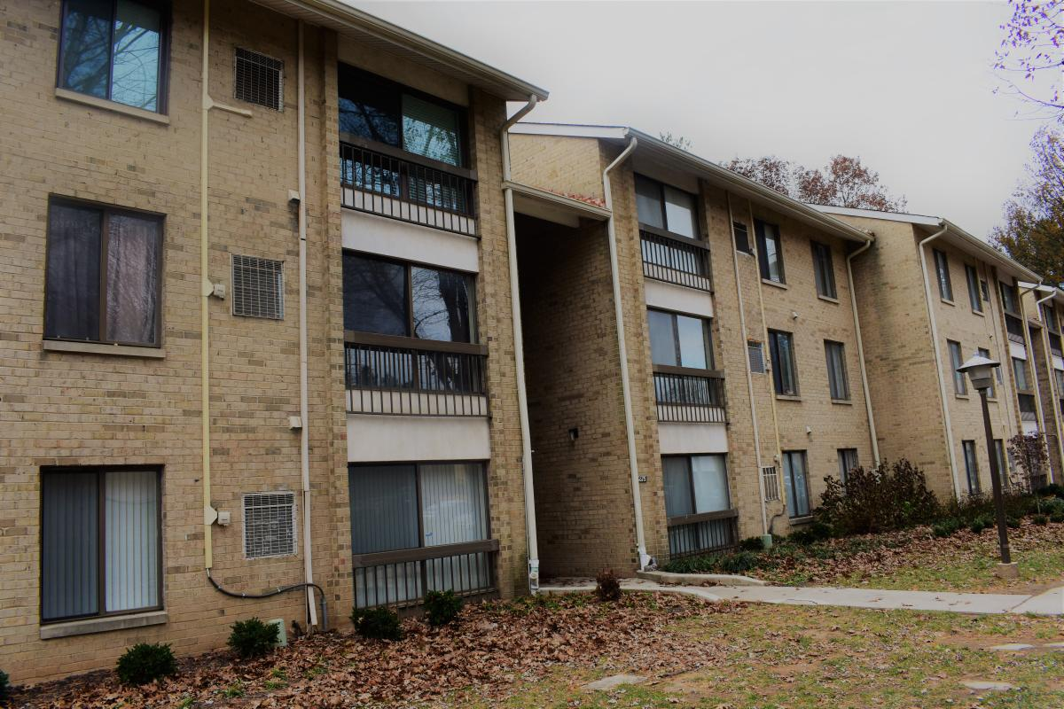 Strange 8875 Tamebird Court Apt J Columbia Md 21045 2726 Hotpads Home Interior And Landscaping Synyenasavecom