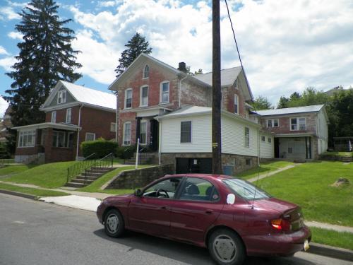 115 S Fairview Street Photo 1