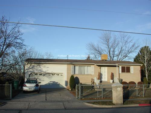 1147 N Fort Lane Photo 1