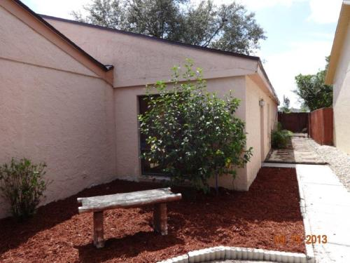 23104 Dover Dr Photo 1