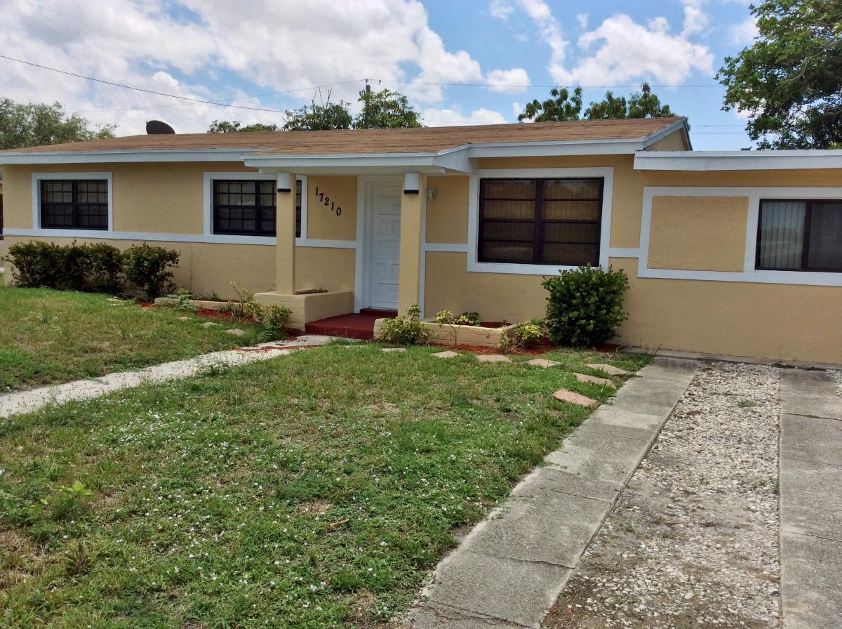Efficiency For Rent In Miami Gardens