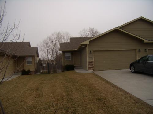 3342 N Governeour Circle Photo 1