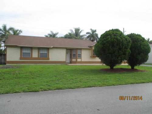 15021 SW 152nd Ter Photo 1