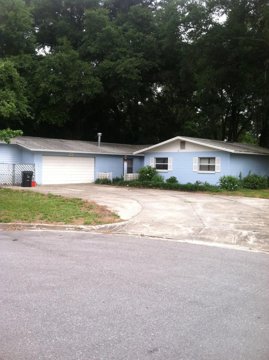 3621 NW 39th Place Photo 1