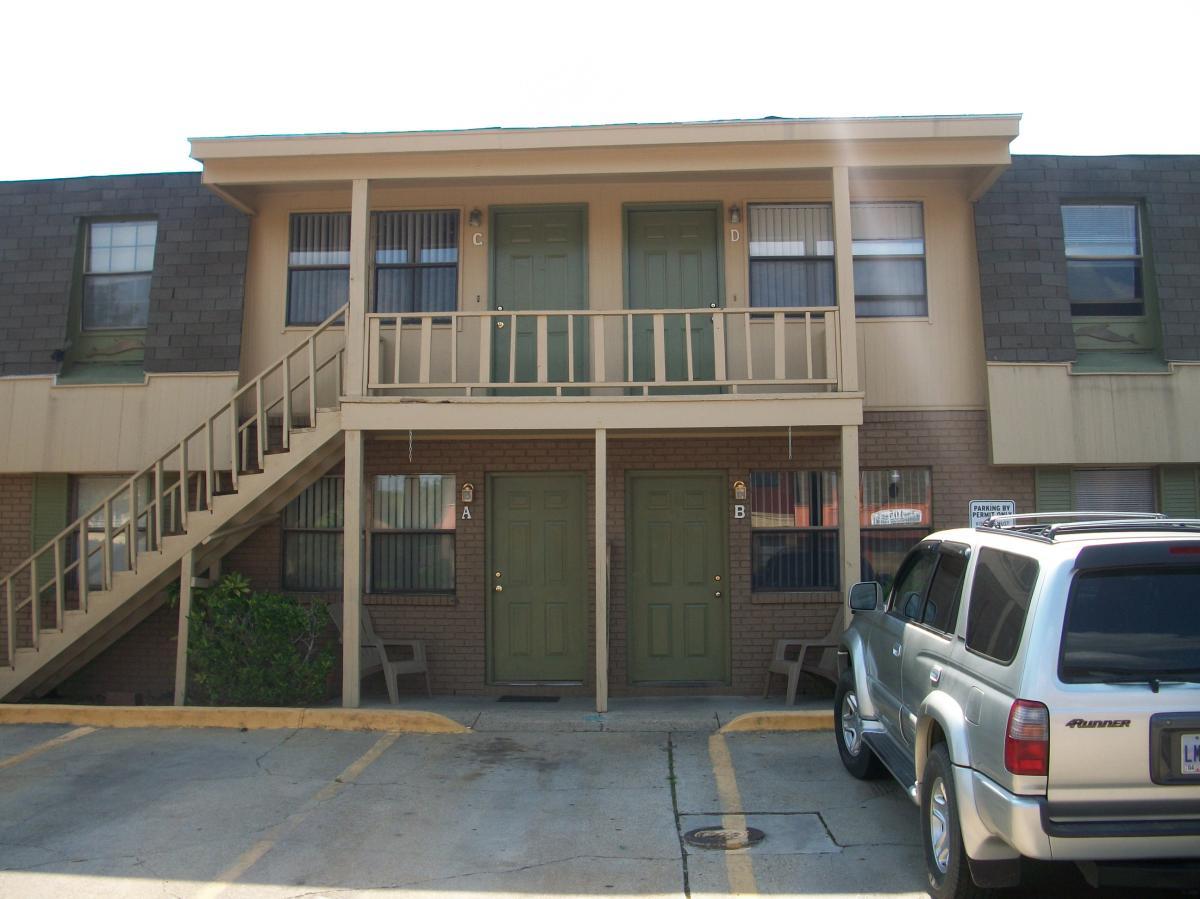 Building For Sale On Oak Street In Biloxi Ms