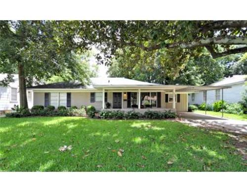 209 Pennsylvania Avenue Photo 1