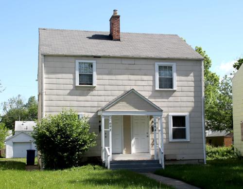 1694 E Whittier St Photo 1