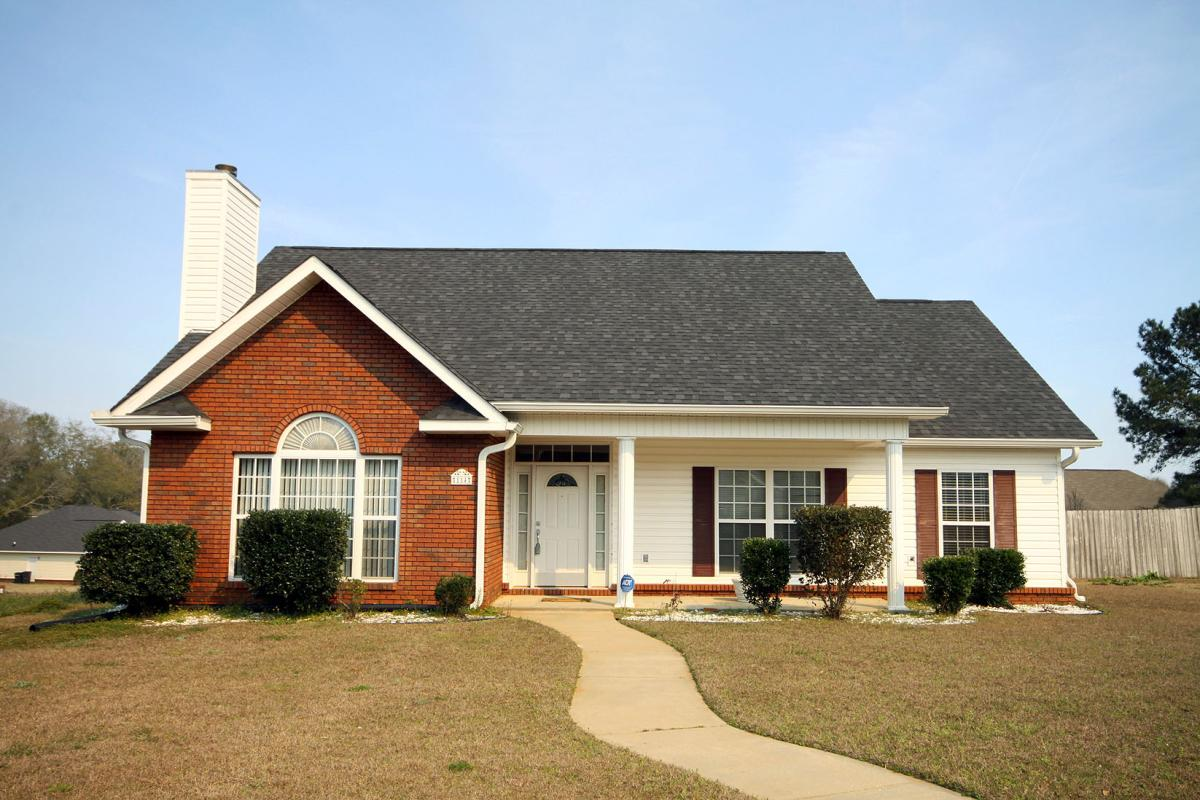 3 Bedroom Houses For Rent In Tuscaloosa Al 114 Foxchase Drive Enterprise Al 36330 Hotpads