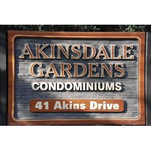 75 Akinsdale Gardens Photo 1