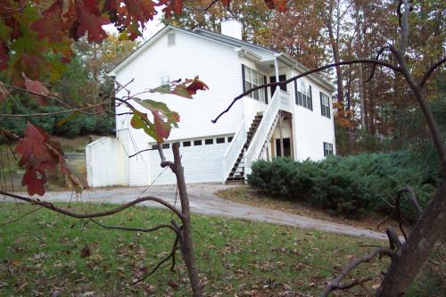 3555 Bonneville Drive Photo 1