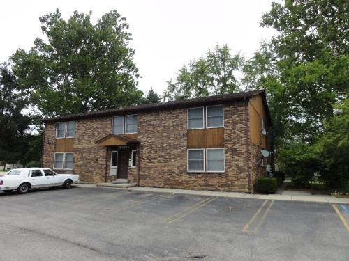 Chestnut Oaks Apartments Photo 1