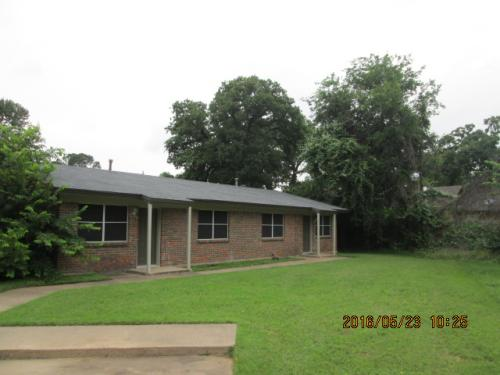 412-a Donnell Drive Photo 1