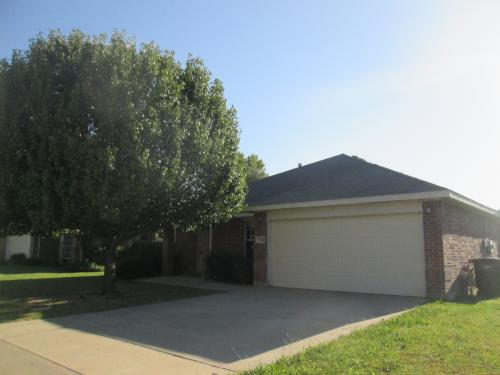 7524 Brittany Pl Photo 1