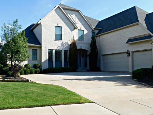 2481 Pritchett Drive Photo 1