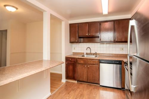 10100 Campus Way S #302 Photo 1