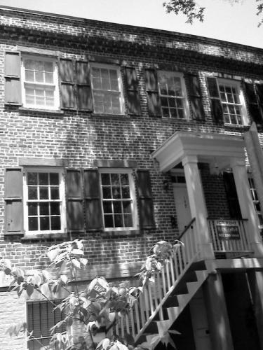 130 W Jones Street Photo 1