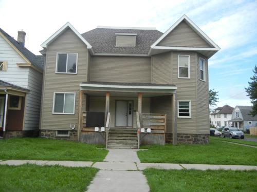 1701 Hughitt Avenue Photo 1