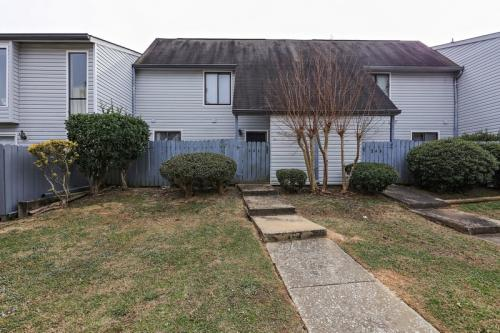244 Country Club Drive Photo 1