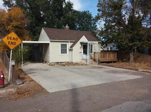 625 Heyburn Ave Photo 1