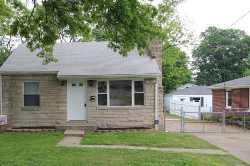 4107 Candor Avenue Photo 1