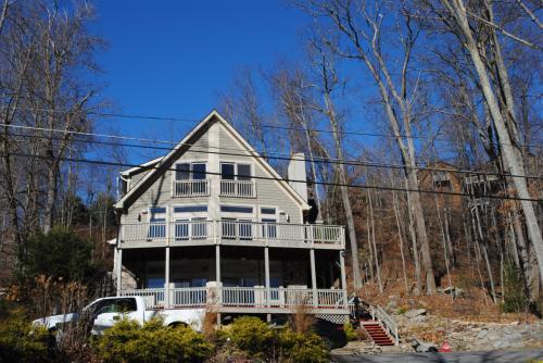 1529 Rock Lodge Road Photo 1