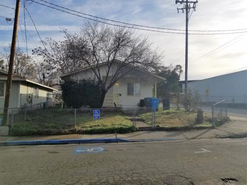 2185 Gray Street Photo 1