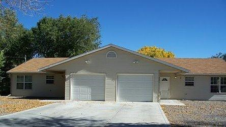 Newer 3 Bedroom Duplex With Convenient Access To I Photo 1