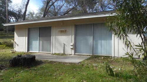 5290 Lake Blvd Photo 1