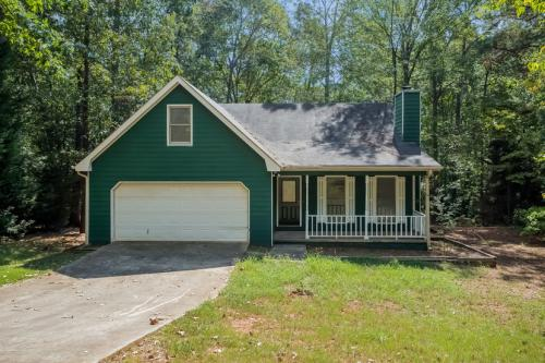 165 Willow Shoals Drive Photo 1
