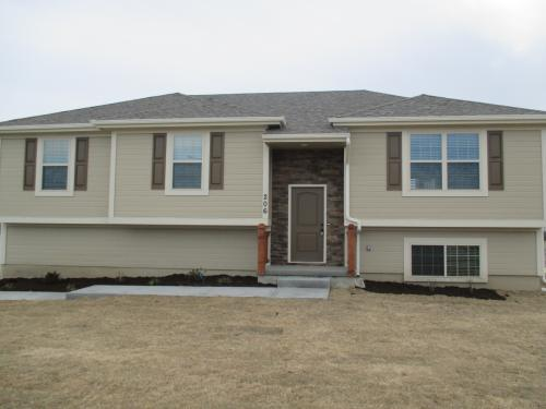 206 Golfview Dr Photo 1