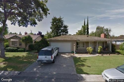 1304 El Camino Ave Photo 1