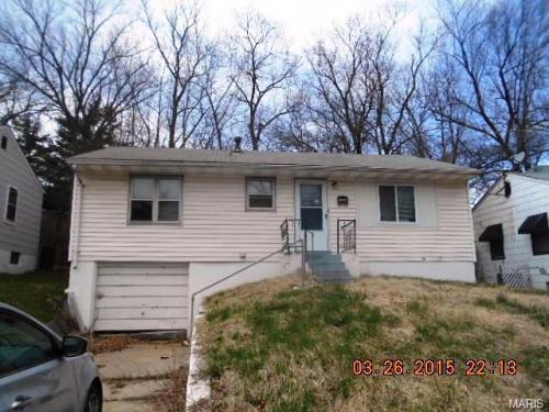 5541 Sapphire Ave Photo 1
