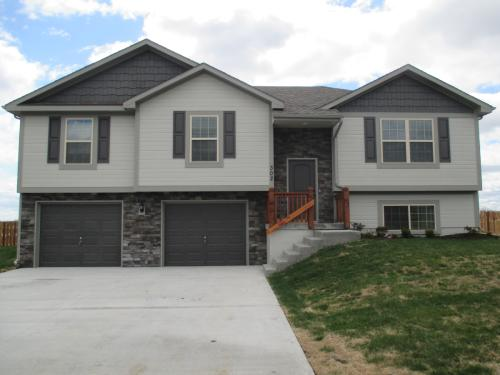 302 Golfview Dr Photo 1
