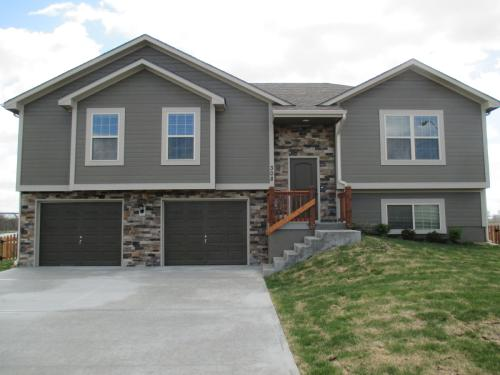 308 Golfview Dr Photo 1
