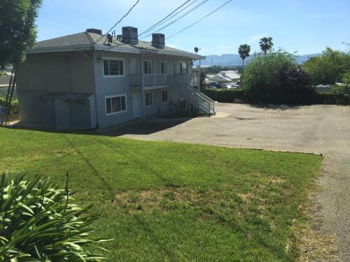 140 Sequoia Ave #3 Photo 1