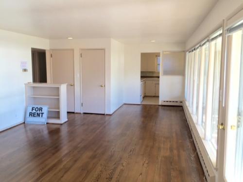 Alki/Sound View/Lg 2BR Duplex Unit! Photo 1