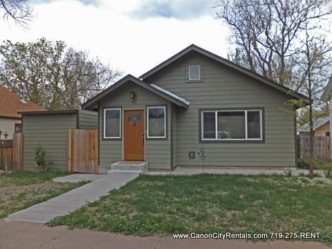 320 Harrison Ave Photo 1
